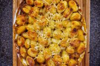 Cottage pie gnocchi topping